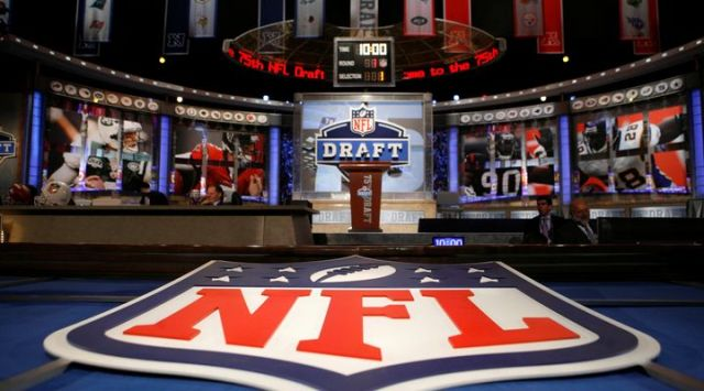 ap-nfl-draft-football-16_9_r722_c720x4001